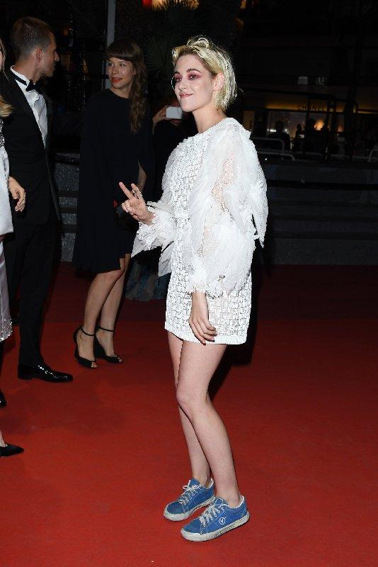 Photo de l'actrice Kristen Stewart sur le tapis rouge du Festival de Cannes en 2019.